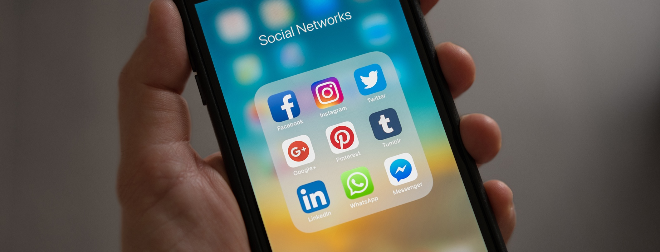 Social Media in Communications